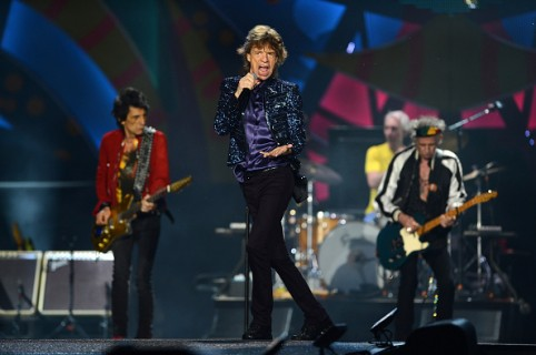 PORTO ALEGRE, BRAZIL - MARCH 02:  The Rolling Stones perform during a concert at Beira-Rio Stadium on March 02, 2016 in Porto Alegre, Brazil. (Photo by Edu Andrade/LatinContent/Getty Images)