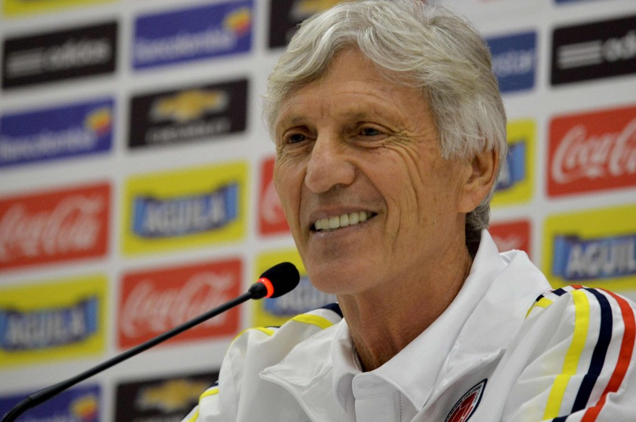 Colombia's coach Jose Pekerman speaks during a press conference in Barranquilla, Colombia on October 7, 2015, on the eve of their FIFA World Cup Russia 2018 qualifier football match against Peru.    AFP PHOTO/RAUL ARBOLEDA