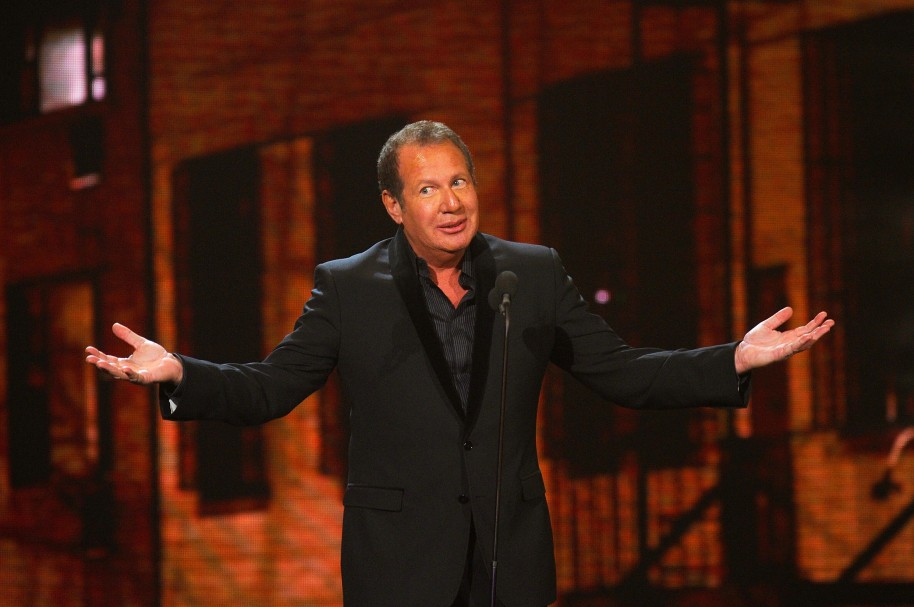 NEW YORK, NY - MARCH 26: Comedian Garry Shandling speaks onstage at the First Annual Comedy Awards at Hammerstein Ballroom on March 26, 2011 in New York City.   Dimitrios Kambouris/Getty Images/AFP