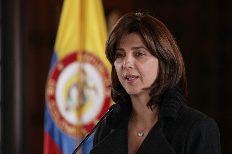María Ángela Holguín