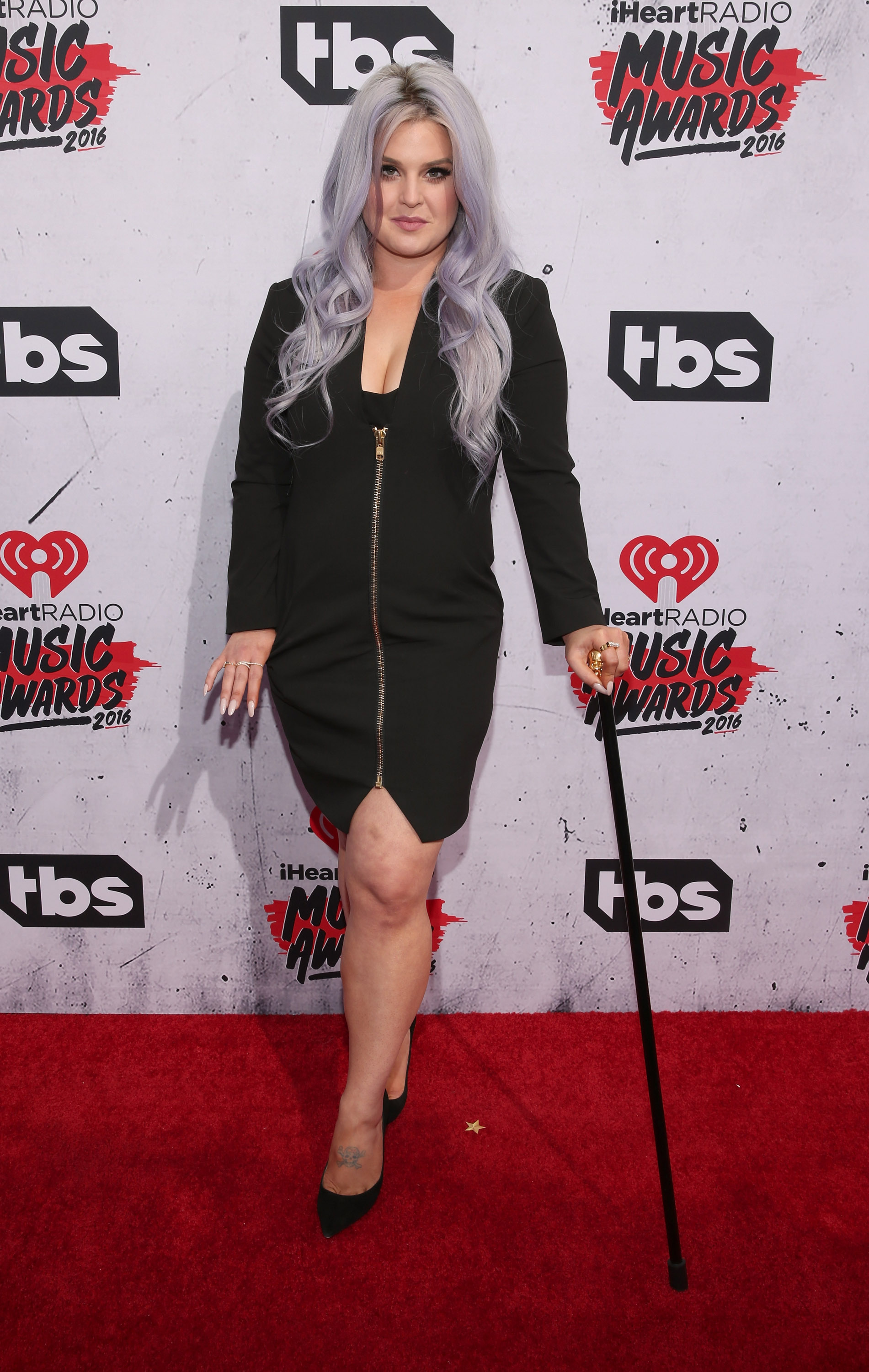 INGLEWOOD, CALIFORNIA - APRIL 03: Kelly Osbourne attends the iHeartRadio Music Awards at the Forum on April 3, 2016 in Inglewood, California. (Photo by Todd Williamson/Getty Images)