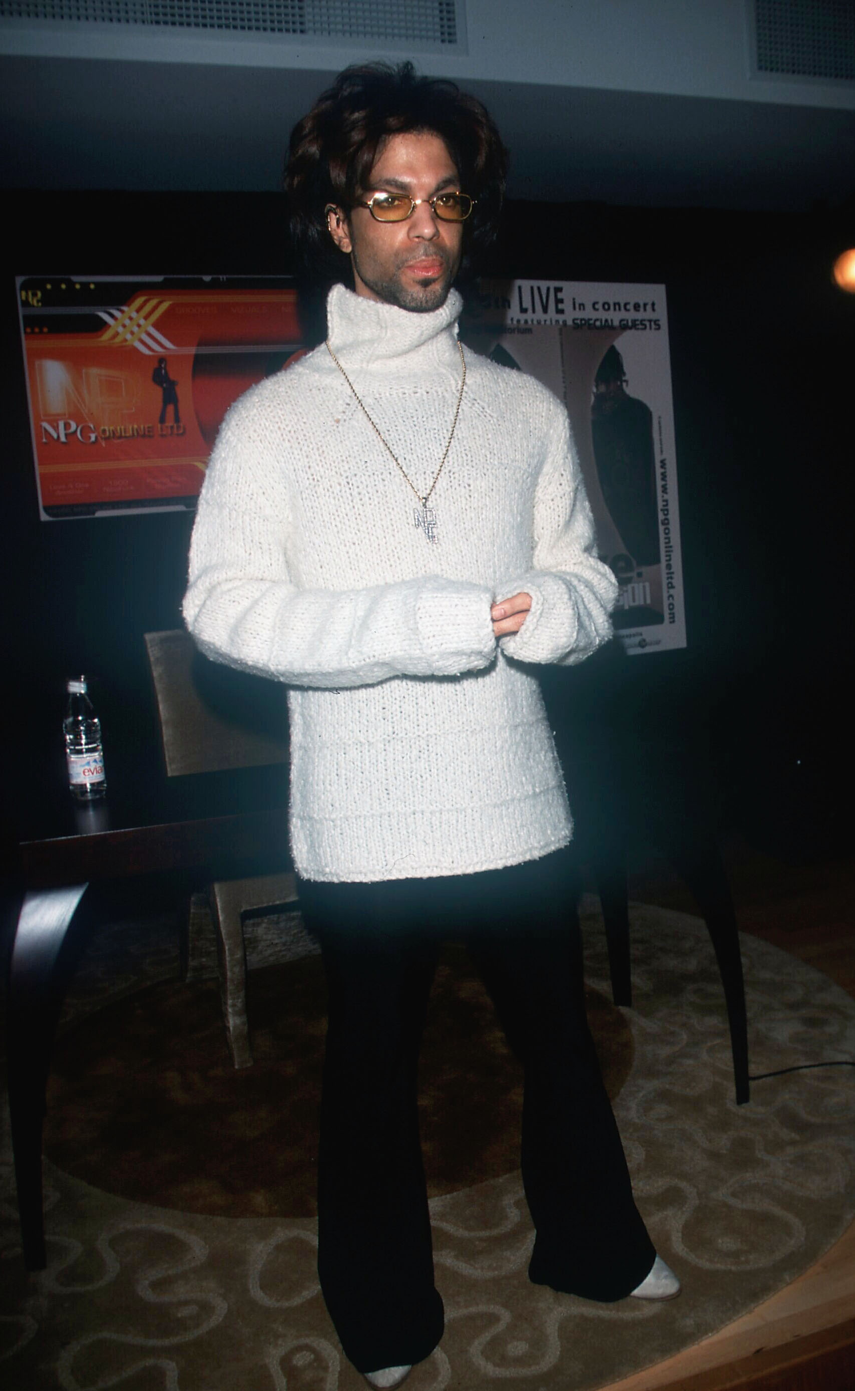 05/16/00 New York City The Artist Formely Known as Prince reclaims his name 'Prince' and announces public tours at his Paisley Park Studio, during a press conference in New York City. Photo by Evan Agostini/ImageDirect
