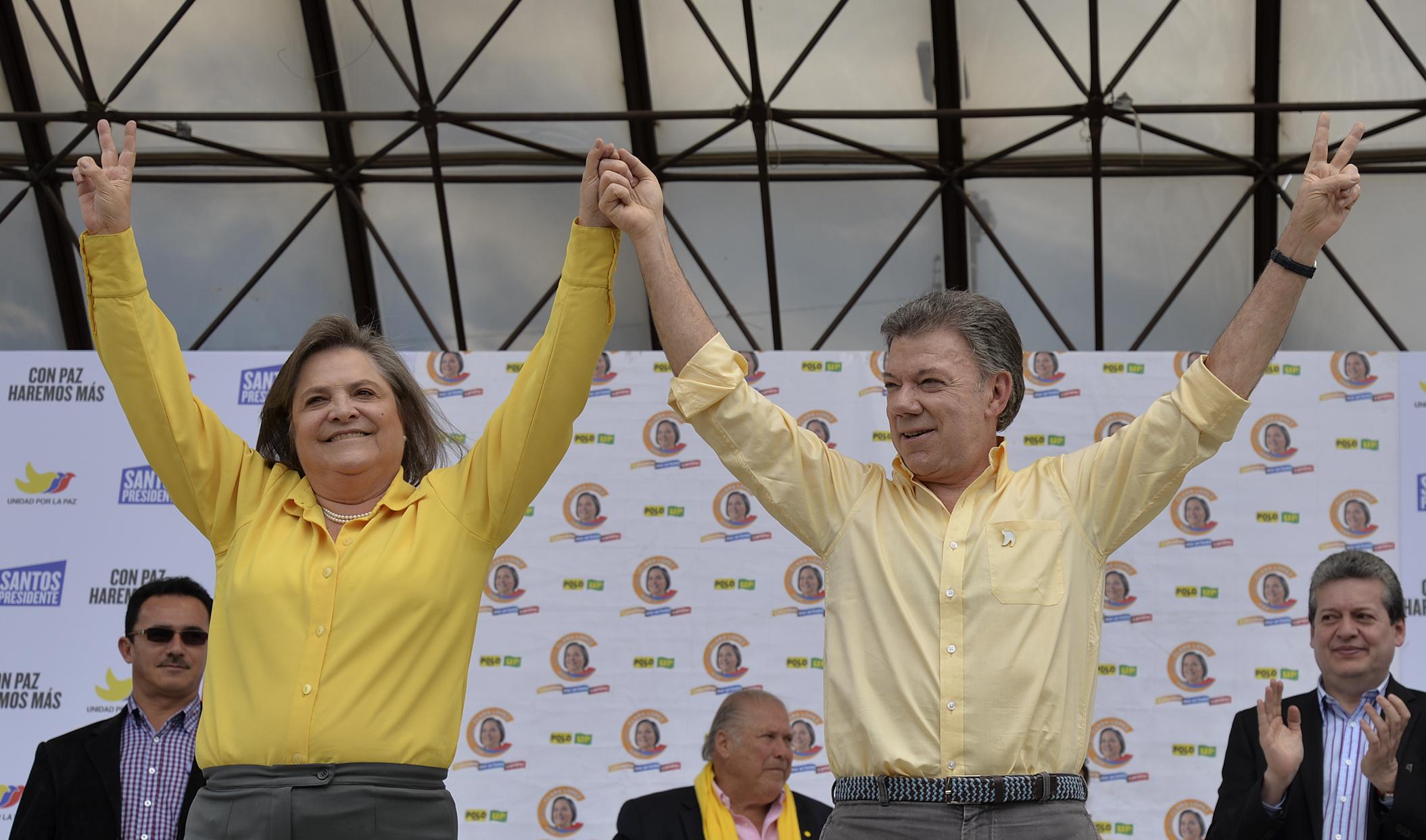 Clara López y Santos