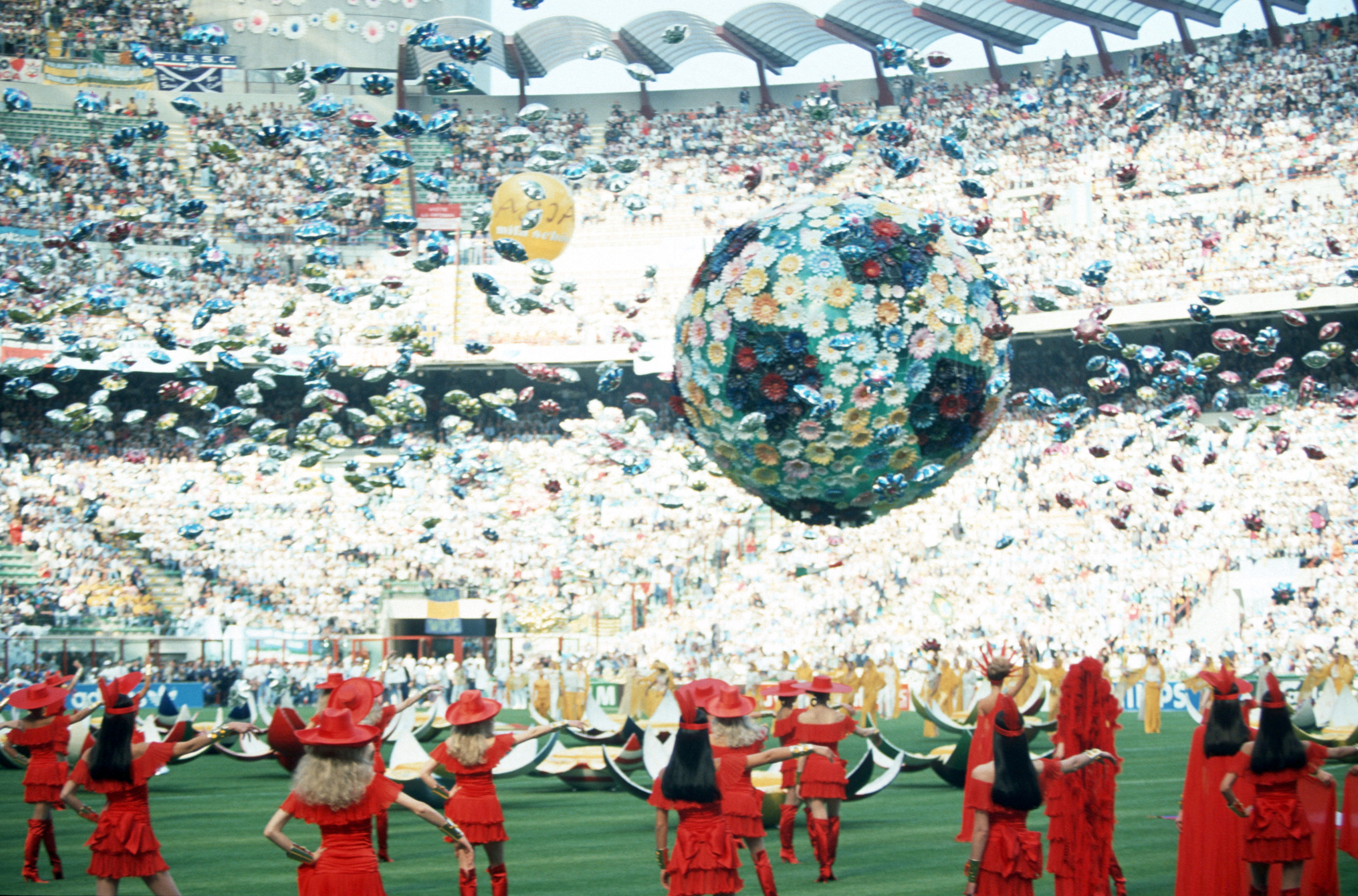 MILAN, ITALY - JUNE 09: Opening Ceremony for the 1990 World Cup at the Guiseppe Meazza Stadium on June 09 in Milan, Italy. (Photo by Bongarts/Getty Images)