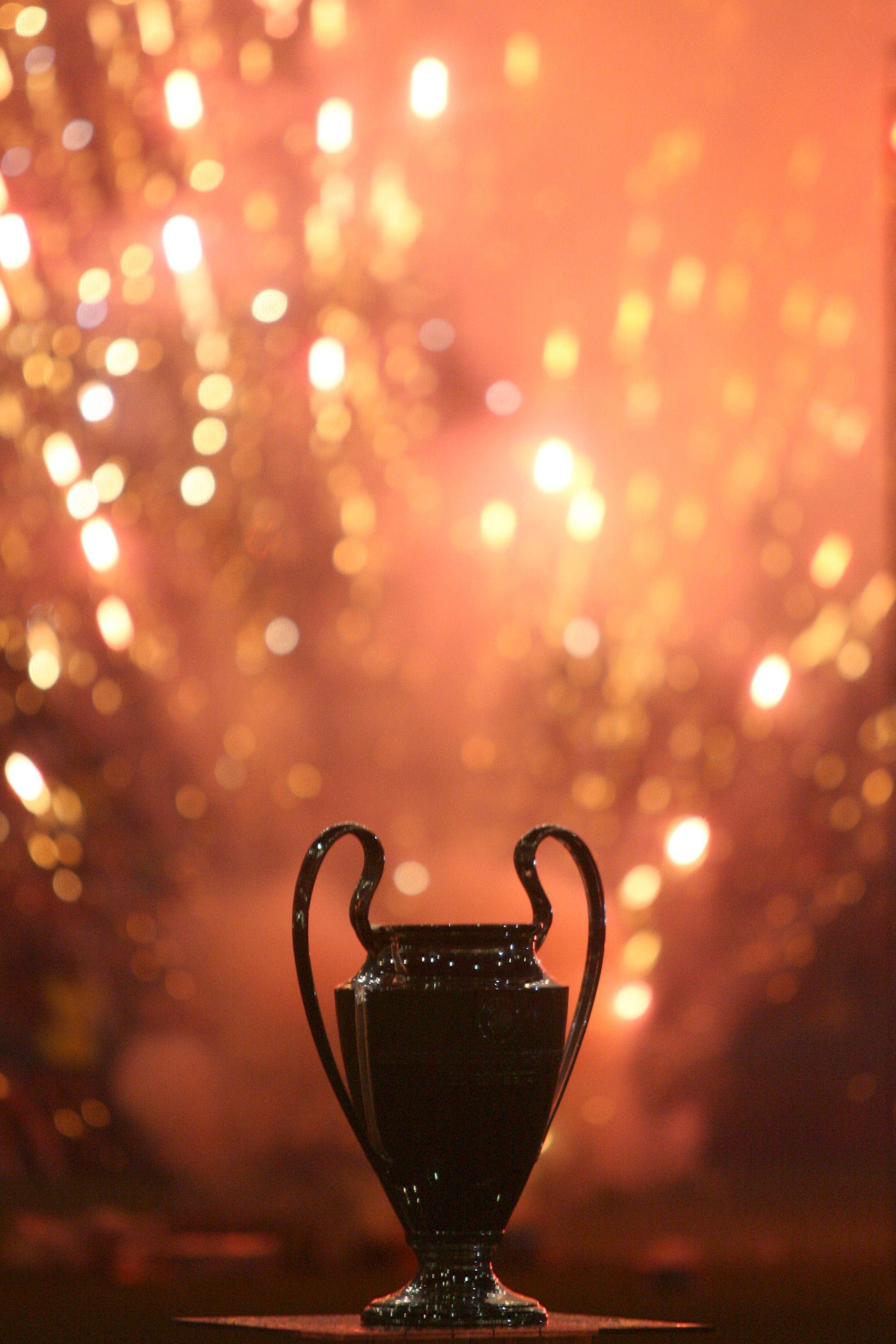 MILAN, ITALY - MAY 25: The silhouette of the Champion's League trophy is displayed during the Champion League celebration party at San Siro Stadium on May 25, 2007 in Milan, Italy. (Photo by Getty Images)