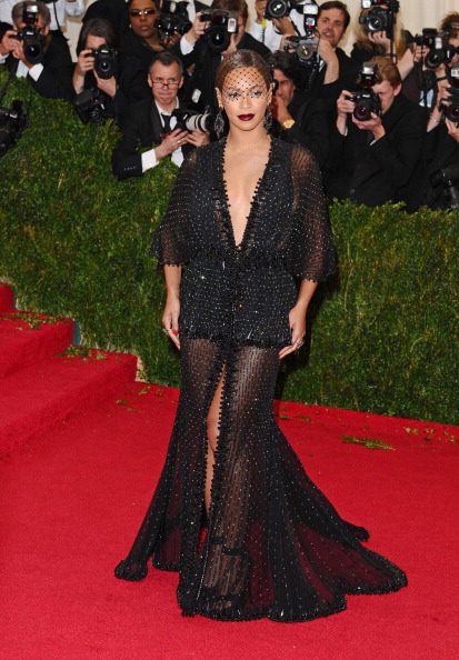 NEW YORK, NY - MAY 05: Beyonce Knowles attends the 'Charles James: Beyond Fashion' Costume Institute Gala at the Metropolitan Museum of Art on May 5, 2014 in New York City. (Photo by Axelle/Bauer-Griffin/FilmMagic)