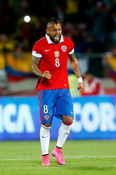 SANTIAGO, CHILE - NOVEMBER 12: Arturo Vidal of Chile celebrates after scoring the first goal of his team during a match between Chile and Colombia as a part of FIFA 2018 World Cup Qualifier at Nacional Julio Martinez Pradanos Stadium on November 12, 2015, in Santiago, Chile. (Photo by Franco Moreno/LatinContent/Getty Images)