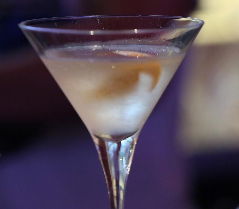 Coctel Lychee Martini - Pulzo.com