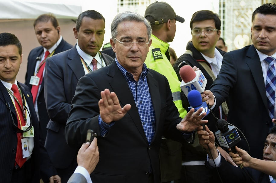 Parte médico de Uribe es satisfactorio