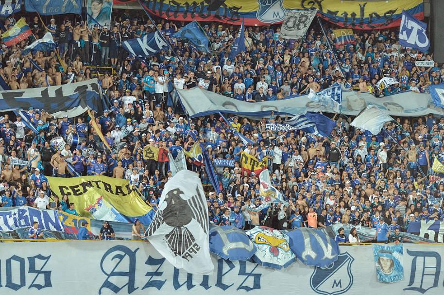 Millonarios - Barra 'Comandos Azules'