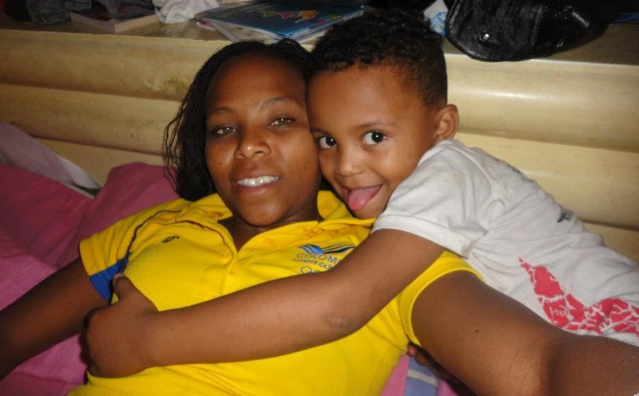 Ingrid e hijo