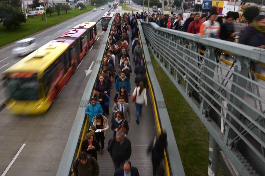 Atracos en Transmilenio se registran en horas de mayor flujo de pasajeros