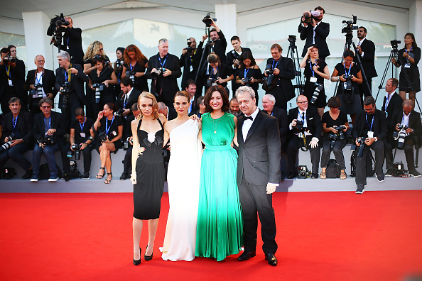 VENICE, ITALY - SEPTEMBER 08: Lily Rose Depp, Natalie Portman, Rebecca Zlotowski and Emmanuel Salinger attend the premiere of 'Planetarium' during the 73rd Venice Film Festival at Sala Darsena on September 8, 2016 in Venice, Italy. (Photo by Ernesto Ruscio/Getty Images)