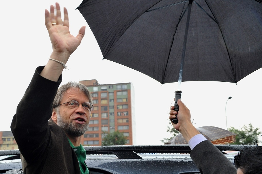 COLOMBIA-ELECTION-RUN-OFF-MOCKUS