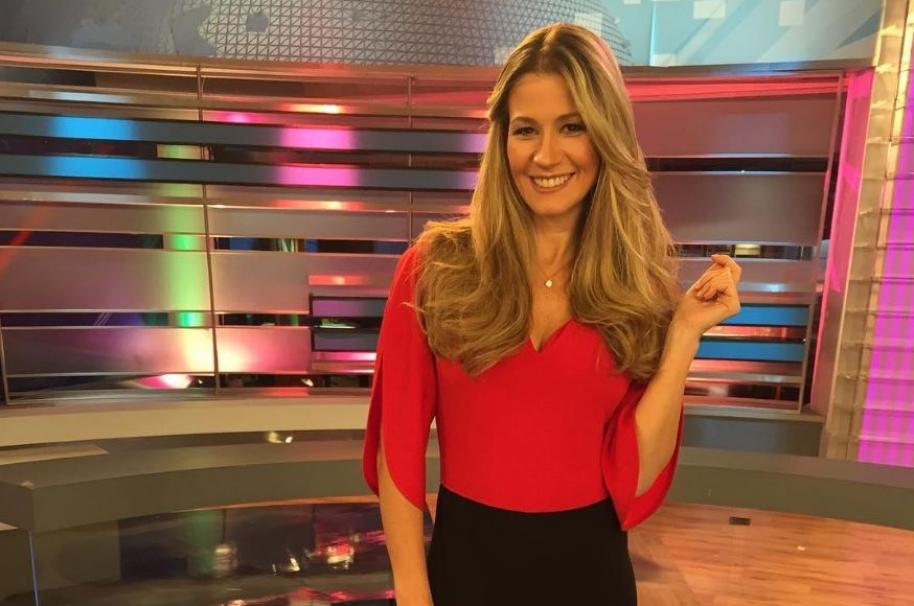 Pilar Schmitt, presentadora de 'Show Caracol'.