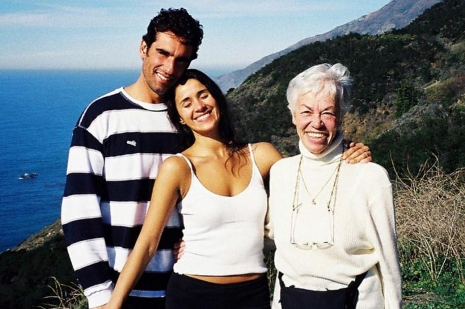 El actor Miguel Varoni junto a su esposa y su mamá, las actrices Catherine Siachoque y Teresa Gutiérrez (Q.E.P.D).