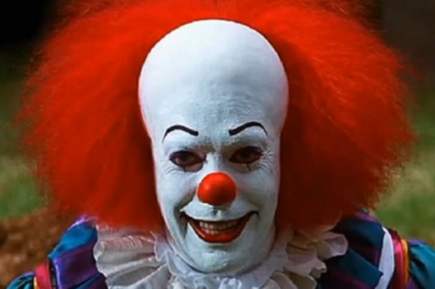 Tim Curry - Eso 'El payaso asesino'