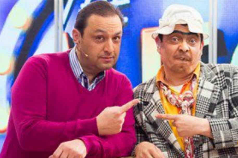 Jorge Alfredo Vargas, presentador de Noticias Caracol, y 'Suso, el paspi'.