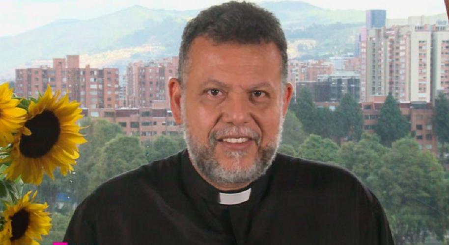 Alberto Linero, sacerdote de la Iglesia Católica y de 'Día a día' de Caracol.