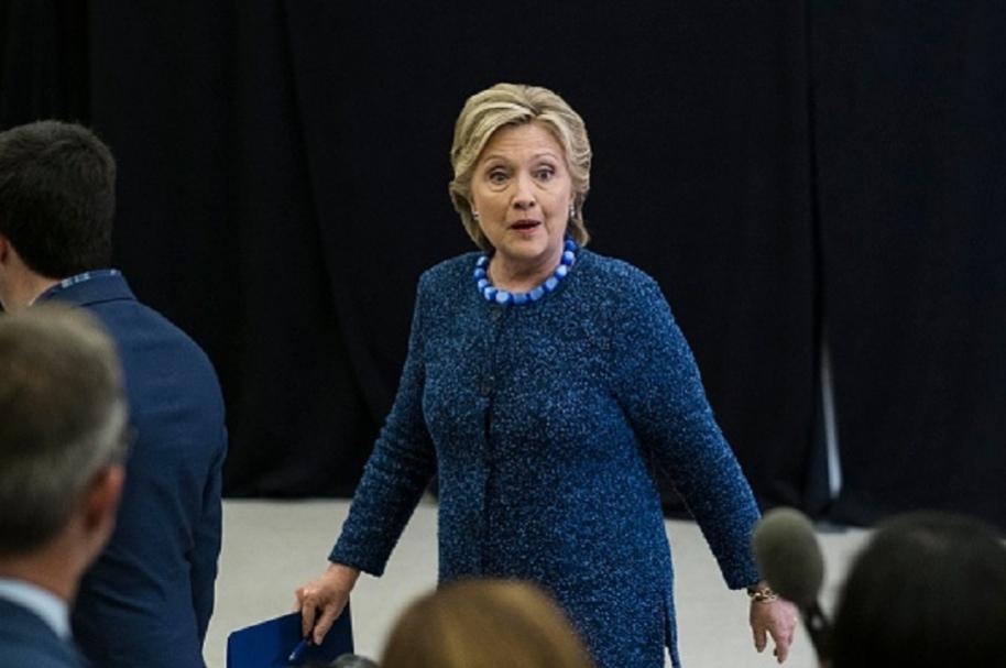 Clinton supera los dos millones en el voto popular.