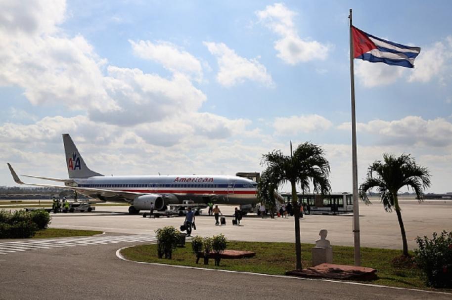 Vuelo comercial en Cuba