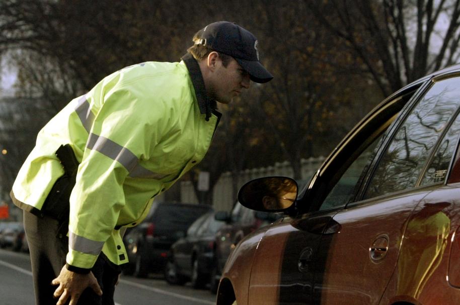 Oficial de tránsito - pulzo.com