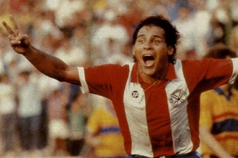 Roberto Cabañas, exfutbolista paraguayo.