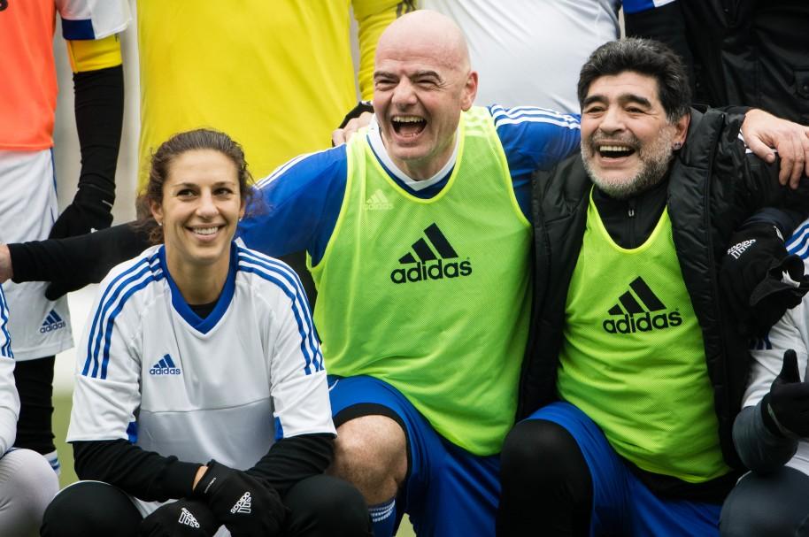 Carli Lloyd, Gianni Infantino Y Diego Maradona