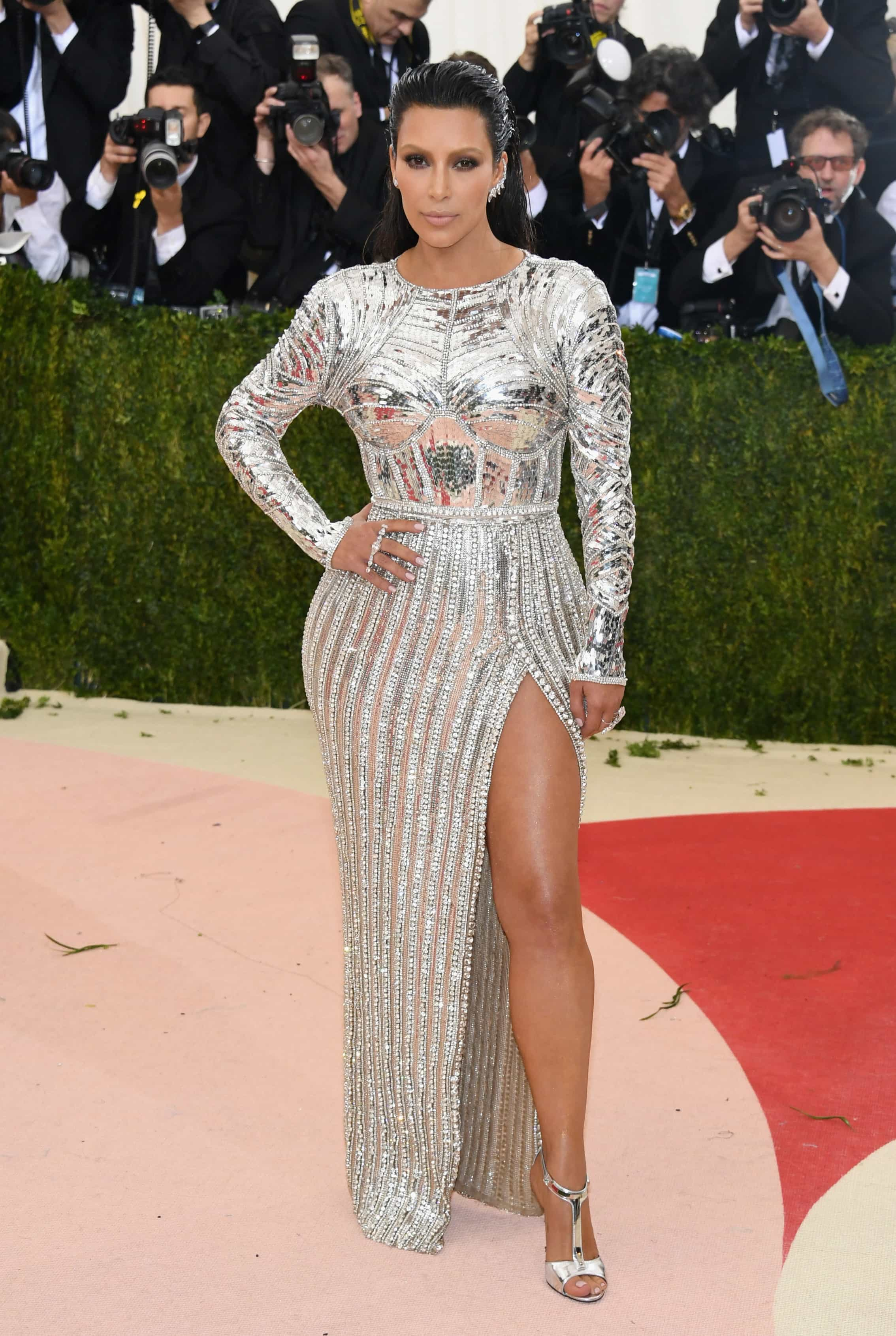 Kim Kardashian en la Met Gala 2016: 'Manus x Machina: Fashion In An Age Of Technology'
