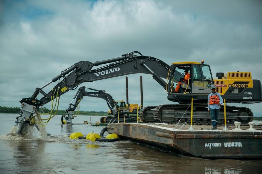 Obras en el río Magdalena