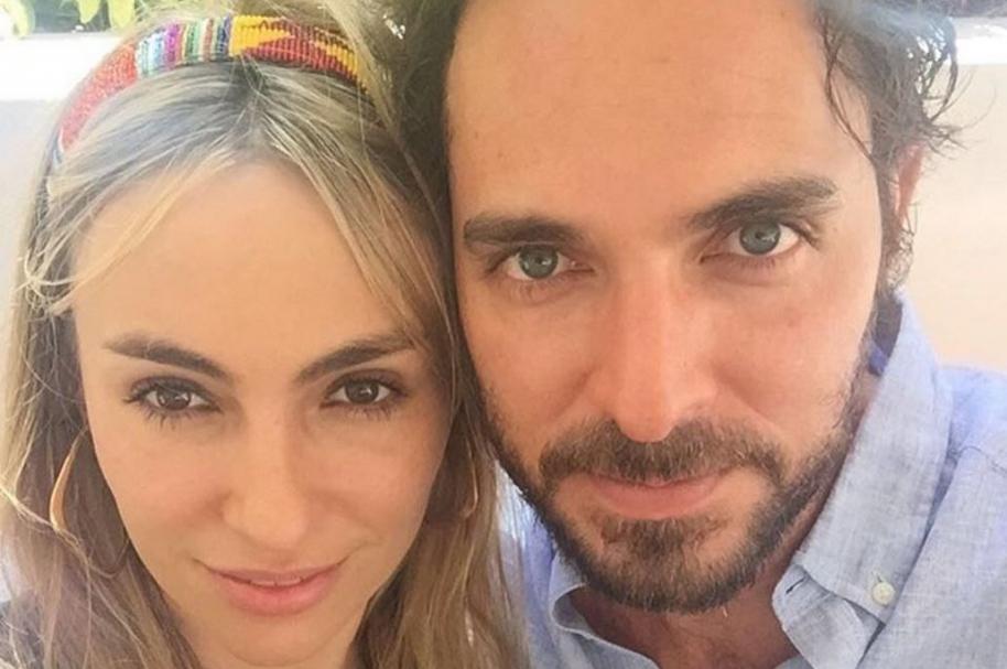 El actor Manolo Cardona y su esposa Valeria Santos.