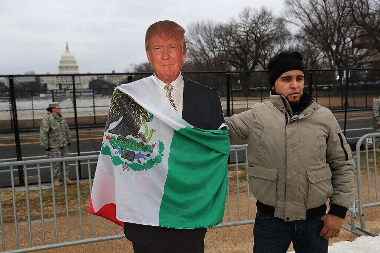 Mexicano protesta contra Trump. Pulzo.com