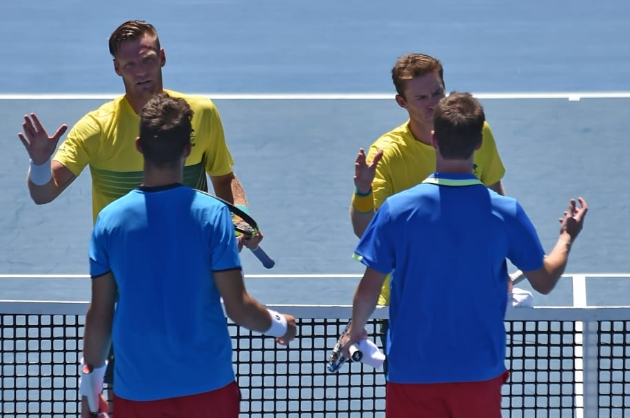 Tenistas Sam Groth, Jon Peers, Jiri Vesely y Jan Satral