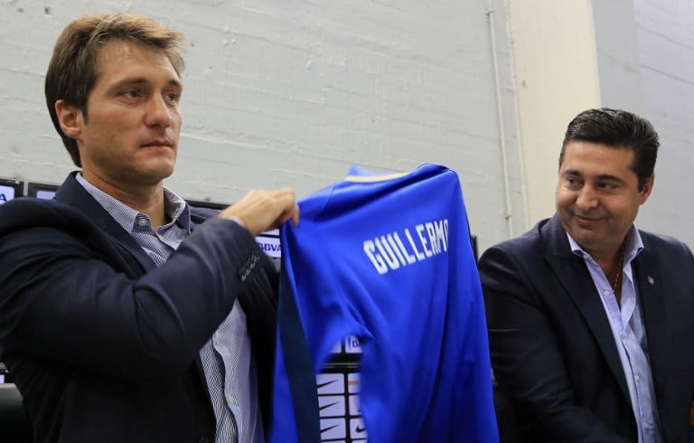 Guillermo Barros Schelotto y Daniel Angelici