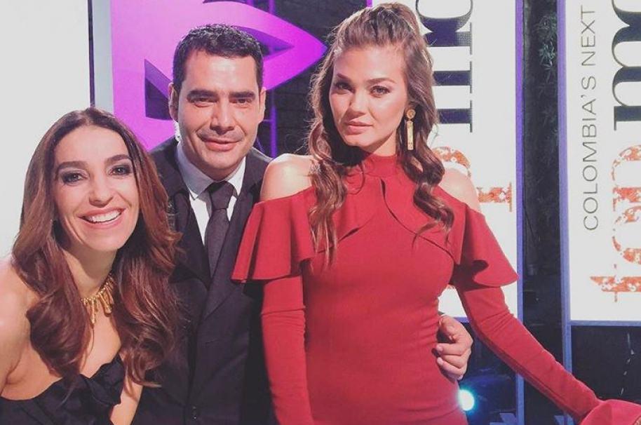 Kika Rocha, Mauricio Vélez y Karen Carreño en set de Colombia's Next Top Model. Pulzo.com