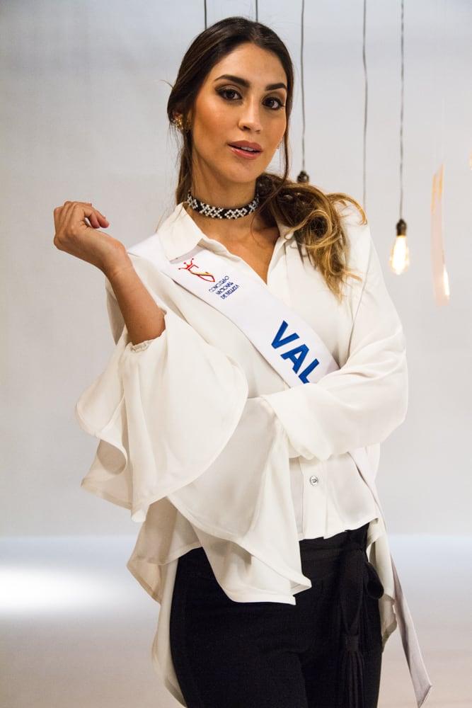 Francesca Calero Mendoza, señorita Valle.