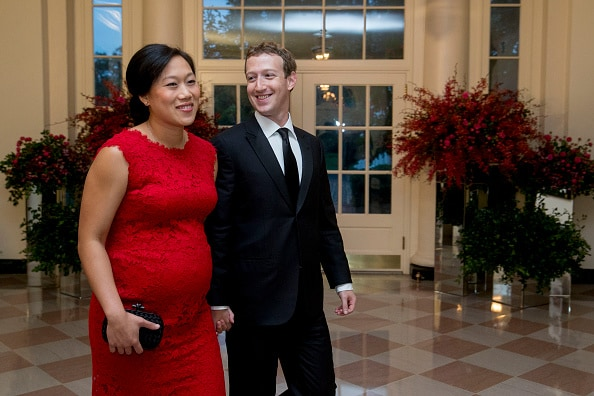 Priscilla Chang y Mark Zuckerberg