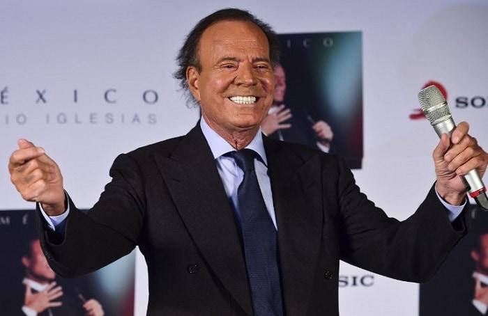 Julio Iglesias, cantante español.