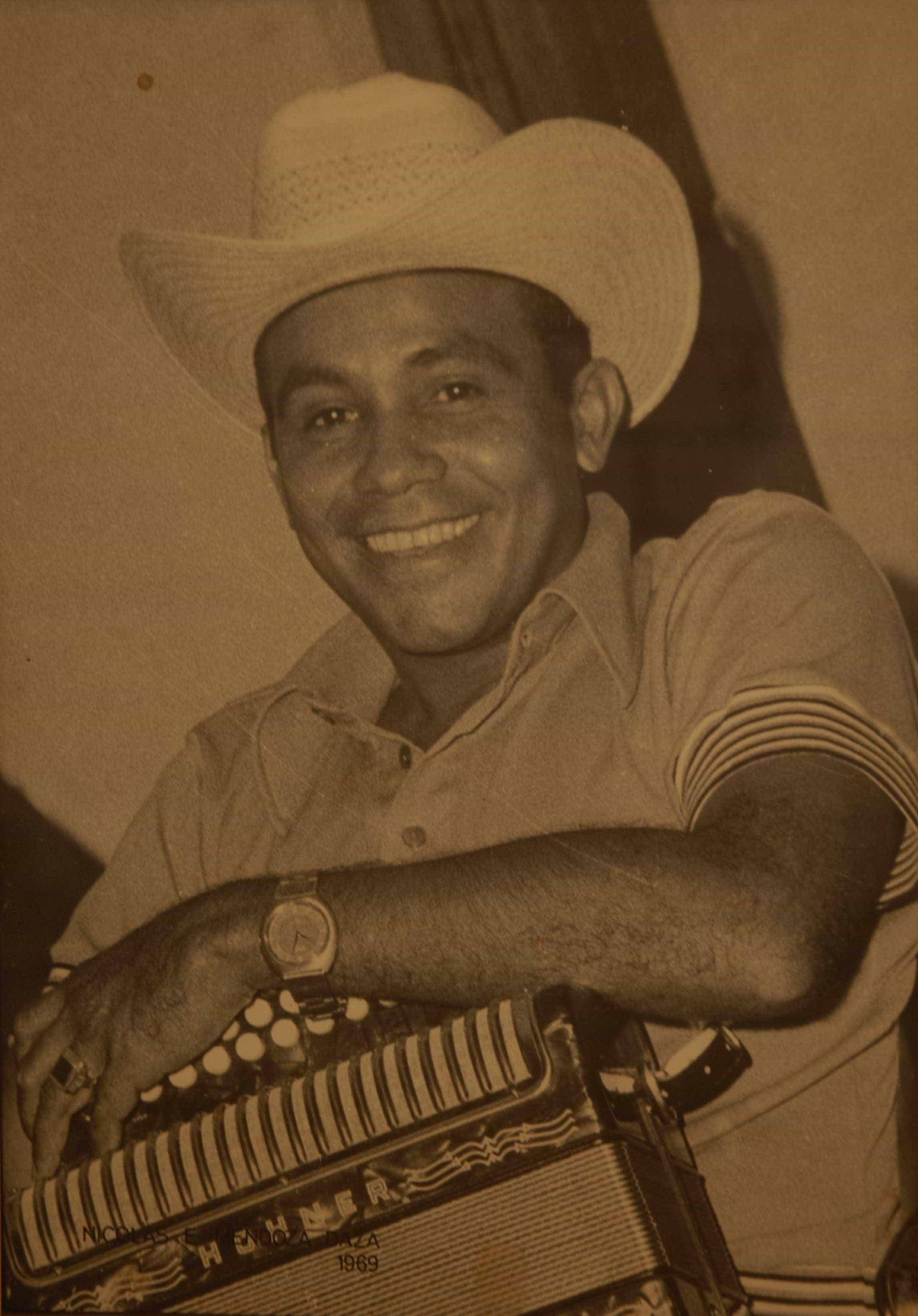 1969  Rey de Reyes 1987 - Nicolás Elías Mendoza Daza - Pulzo.com