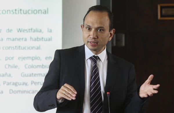 Magistrado Carlos Bernal