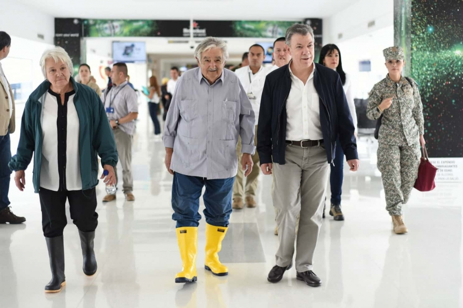 Mujica de botas