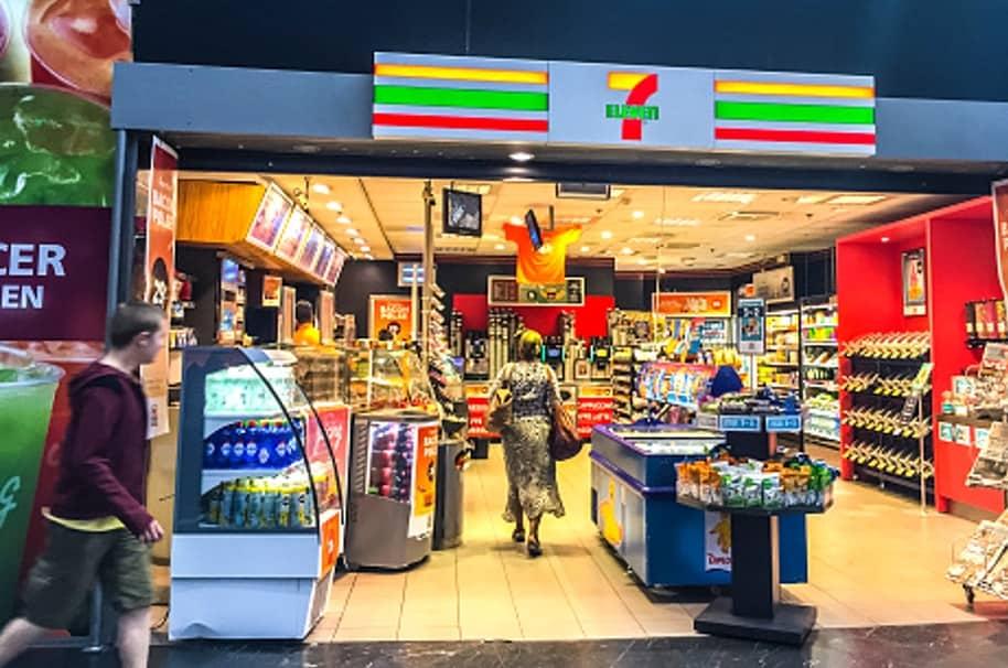 7 Eleven Store