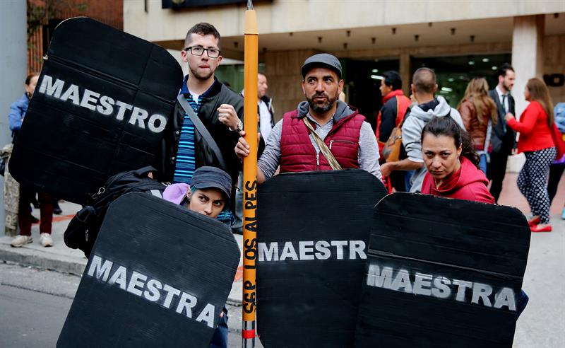 Protesta de maestros en Bogotá