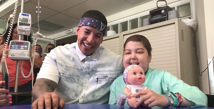 Daddy Yankee y Andrea, una niña con cáncer. Pulzo.com