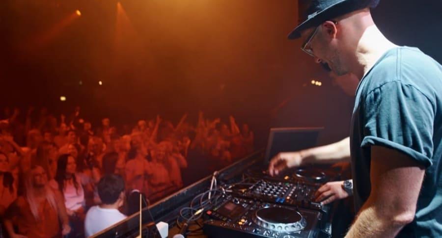 DJ Profesional - Pulzo.com