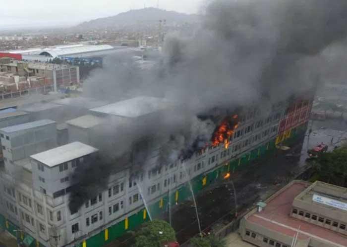 Incendio en Lima