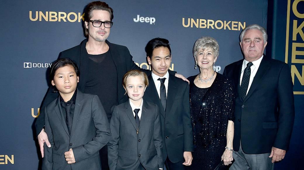 Brad Pitt, Pax Thien Jolie-Pitt, Shiloh Nouvel Jolie-Pitt, Maddox Jolie-Pitt, Jane Pitt, y William Pitt