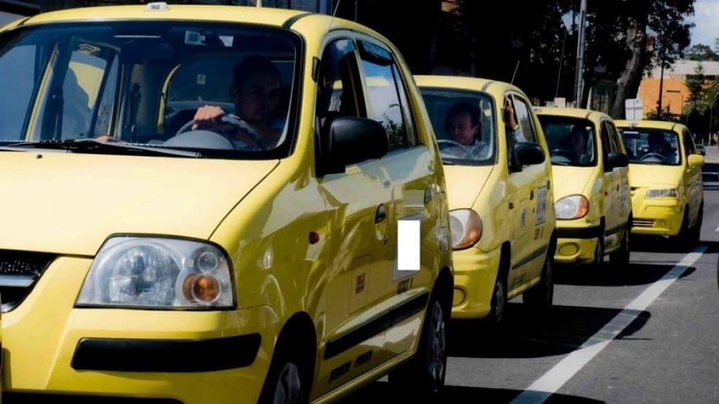 Taxistas en Bogotá. Pulzo.com