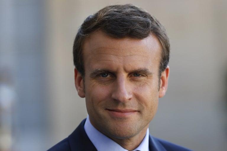 Retrato de Emmanuel Macron.
