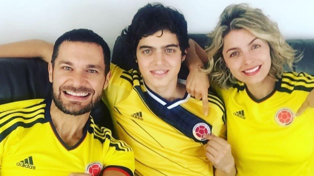 El actor Josse Narváez junto a su esposa, la presentadora Cristina Hurtado, y su hijo Daniel.